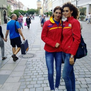 Roxana Bacsis si Georgiana Fales